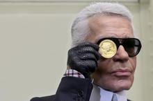pouting Karl Lagerfeld 1009